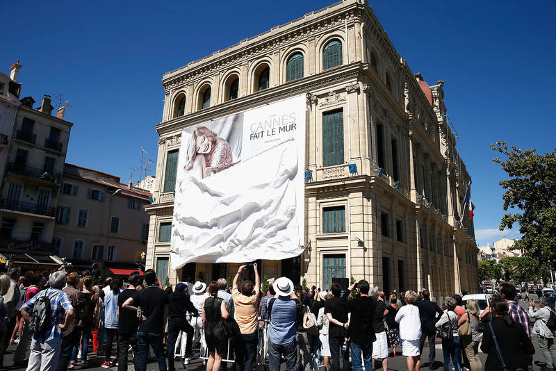 . A general view of the opening of the Cannes Fait Le Mur exhibition during the 67th Annual Cannes Film Festival on May 14, 2014 in Cannes, France.  (Photo by Andreas Rentz/Getty Images)