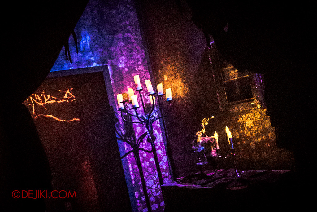 Halloween Horror Nights 6 - Salem Witch House / Foyer