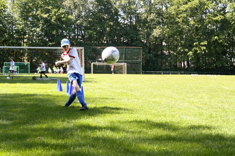 hsv_fussballschule-332_48047954066_o.jpg