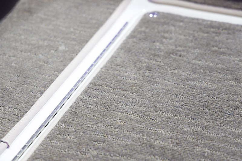 2020-SLX-250-Europe-Snap in carpet-1.jpg