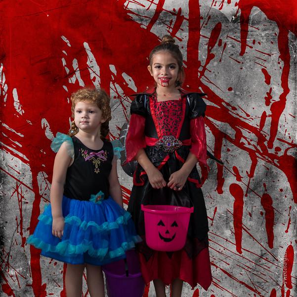 2015 Halloween_LAG0261-Edit.jpg