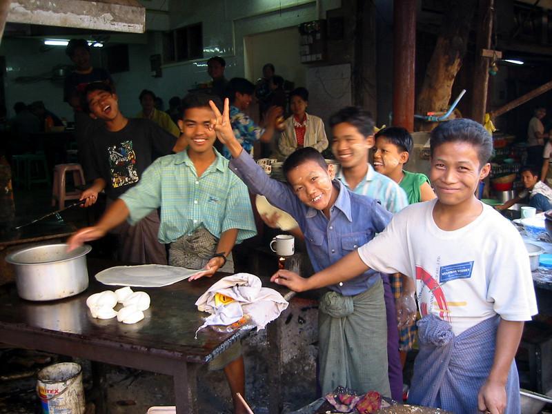 Burma 2003-20.jpg
