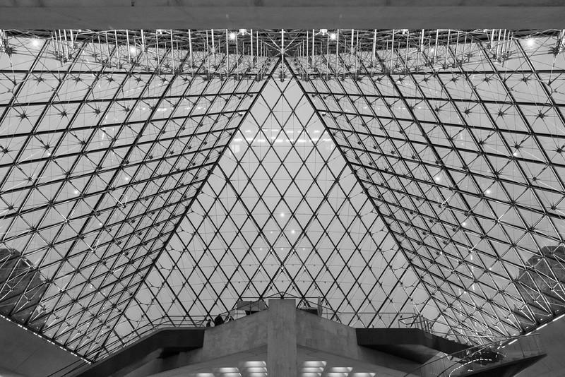 Lourve Museum-90950.jpg
