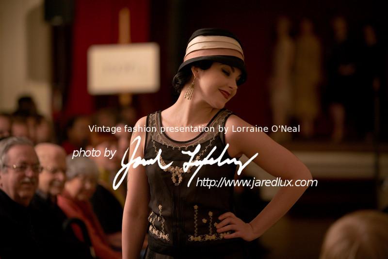 vintage_fashion_show_09_f15128776.jpg
