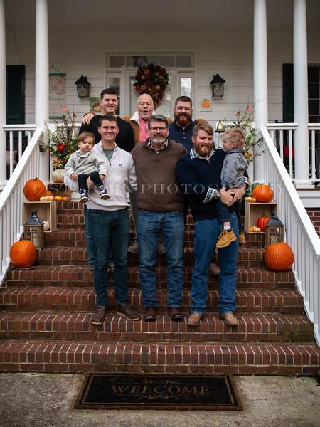 2019 November Ellis Family-221-151.jpg