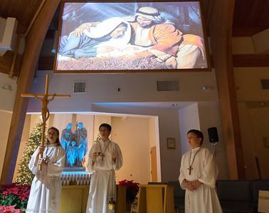 11:00pm Mass