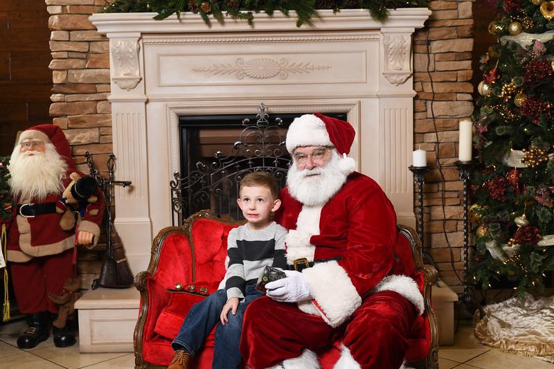 Santa2018.TylerBoye.-119.jpg
