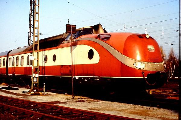 601-011 at Hamm depot, 23rd February 1990.