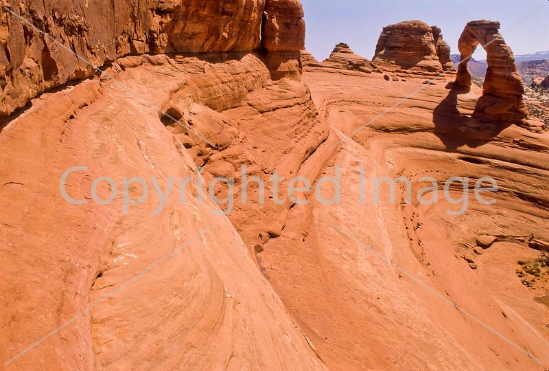 Utah - Arches National Park - Scenics, Runners, Bikers, Hikers