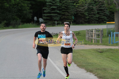 5K & 10K at 1.2 Mile Mark Gallery 1 - 2014 Charlevoix Marathon