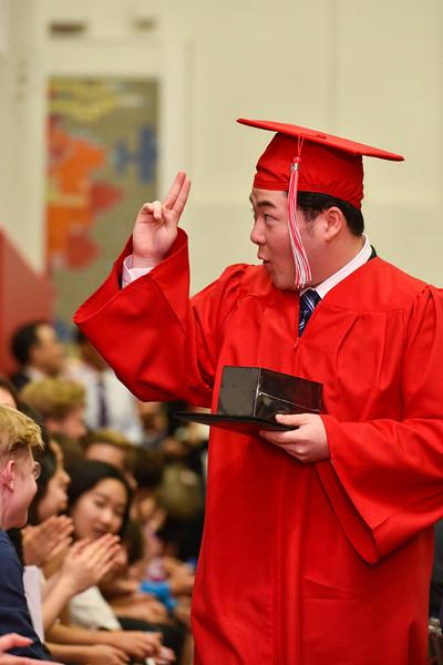 Senior -Graduation-DSC_5647-2018-19.jpg