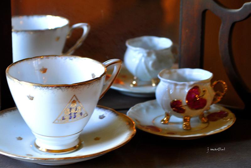 tea service 1 9-5-2011.jpg