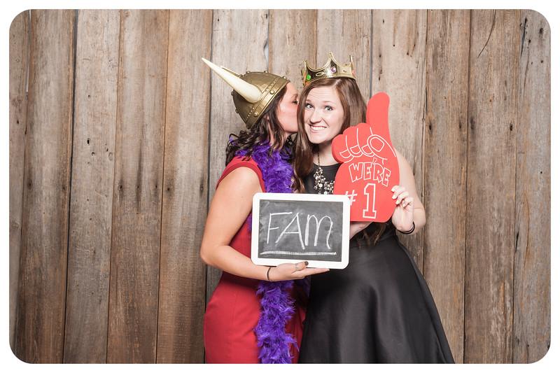 Abby+Tyler-Wedding-Photobooth-38.jpg