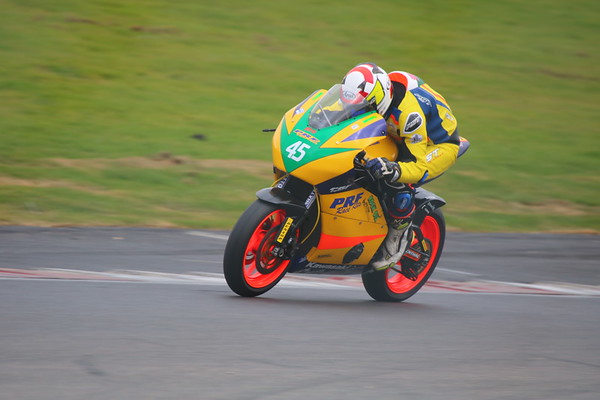 Round 1, Thundersport GB, Brands Hatch