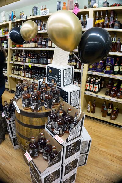 Pettyjohns 50th Anniversary wine beer boulder-25.jpg