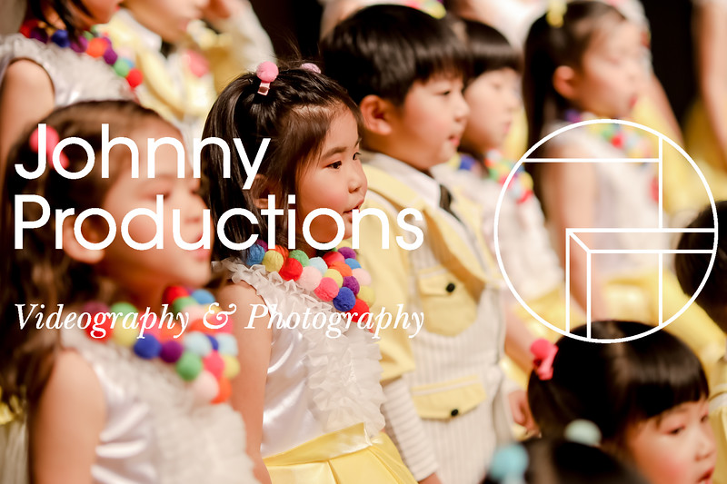 0032_day 1_yellow shield_johnnyproductions.jpg