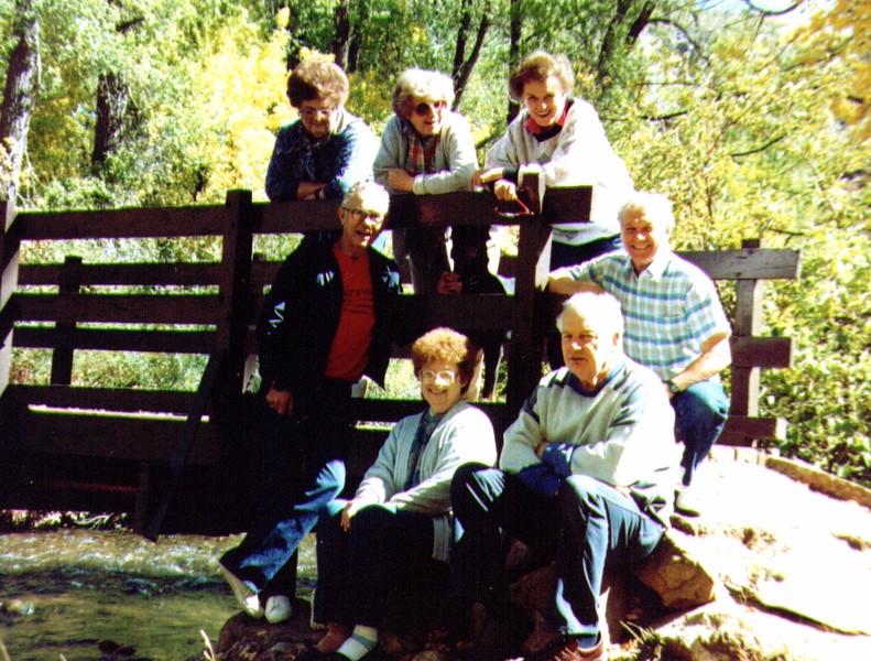 JoeAnne,Bonnie,Bette,Tom,Wayne,Maudie,Jack, Magpie 1989