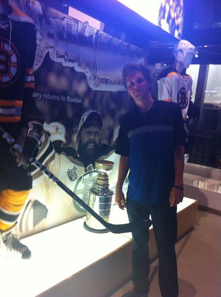 Boston Bruins Cup - [2011]