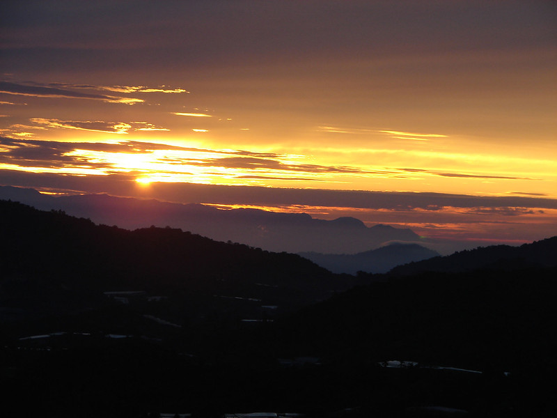 Sunrise over The cameron Highlands from our bedroom window (10).JPG