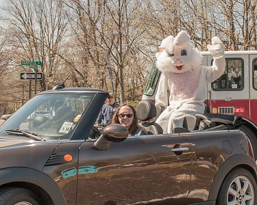 2014 Watchung Plaza Easter Egg hunt