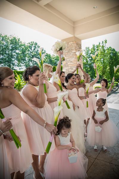 20_bride_ReadyToGoPRODUCTIONS.com_New York_New Jersey_Wedding_Photographer_JENA8966.jpg