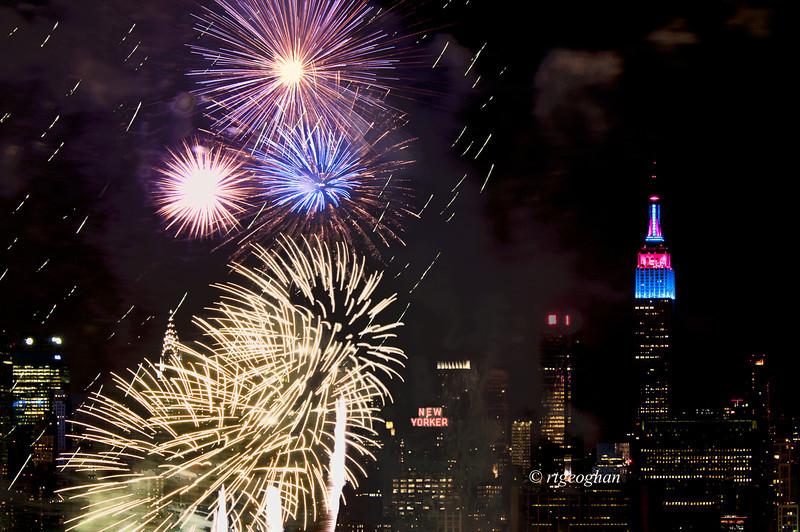July 4_Macy Fireworks_1231.jpg
