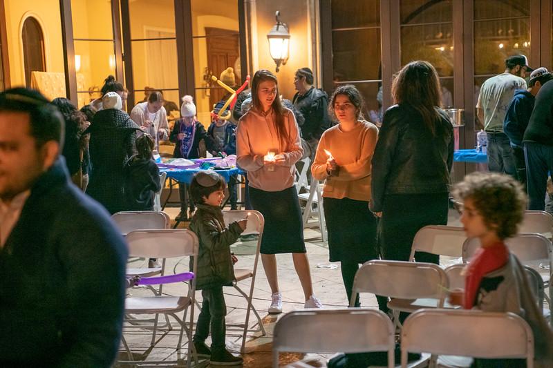 Brentwood Chabad -Chanukah943.jpg