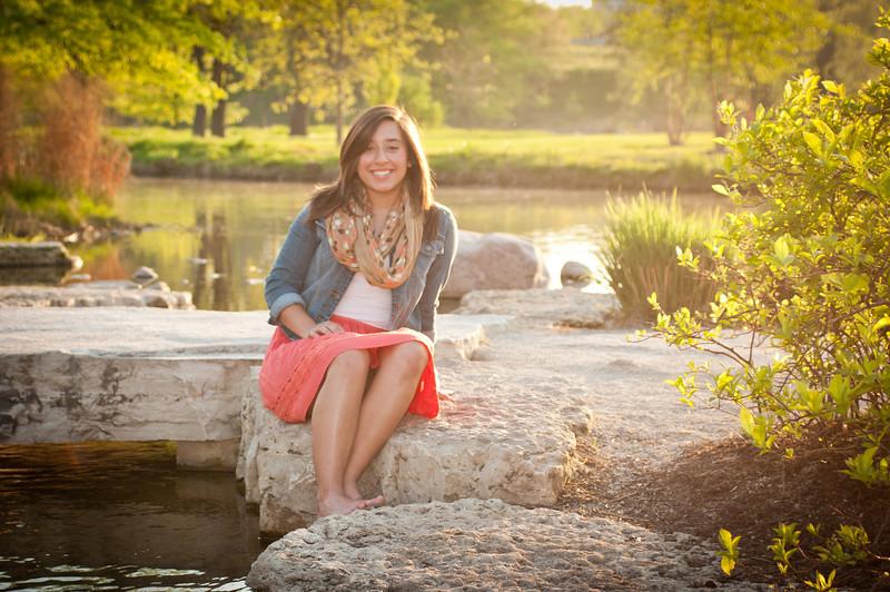 20120402-Senior - Alyssa Carnes-3164.jpg