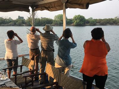 06-Zambezi River Cruise