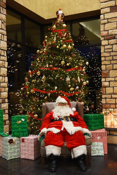 Monterra Village Santa Photos 2016