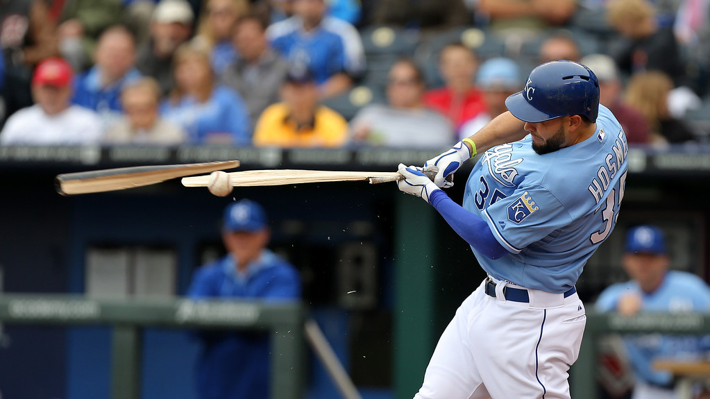 . KANSAS CITY, MO - MAY 14:  Eric Hosmer #35 of the Kansas City Royals breaks his bat as he grounds out in the second inning against the Colorado Rockies at Kauffman Stadium on May 14, 2014 in Kansas City, Missouri. (Photo by Ed Zurga/Getty Images)