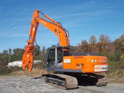 NPK M35K demolition shear on Hitachi excavator at DemoTrax (2).jpg