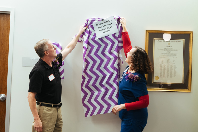 20190318_Sigma Theta Tau Hanging of the Charter-1384.jpg