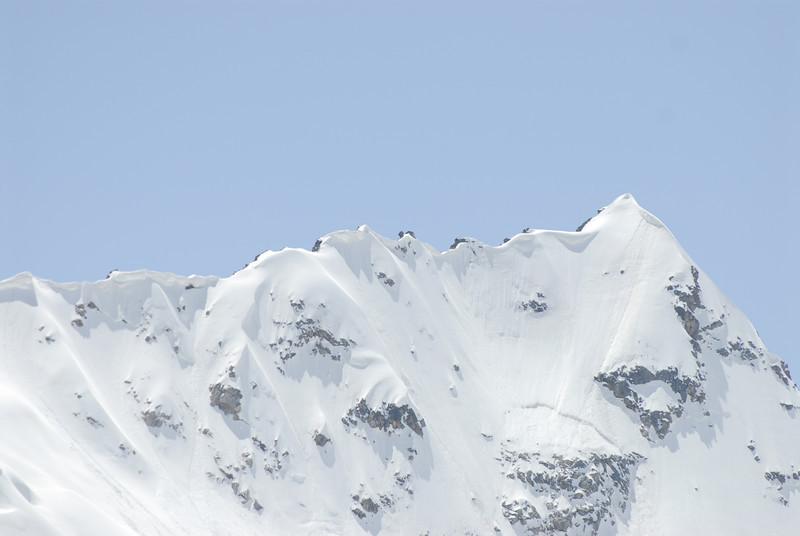 080502 2342 Russia - Mount Elbruce - Day 2 Trip to 15000 feet _E _I ~E ~L.JPG