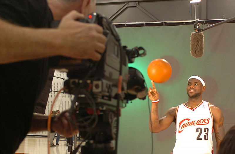 . MORNING JOURNAL/JIM BOBEL Cavalier\'s LeBron James tapes a segment for ABC/ESPN during the Cavaliers media day yesterday.