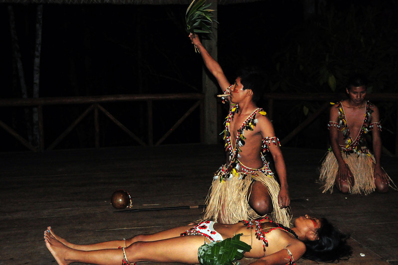 As part of the performance, they reenacted the shaman ceremony for casting out harmful spirits.