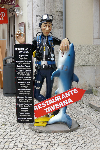 Funky Restaurant Ads. Sintra