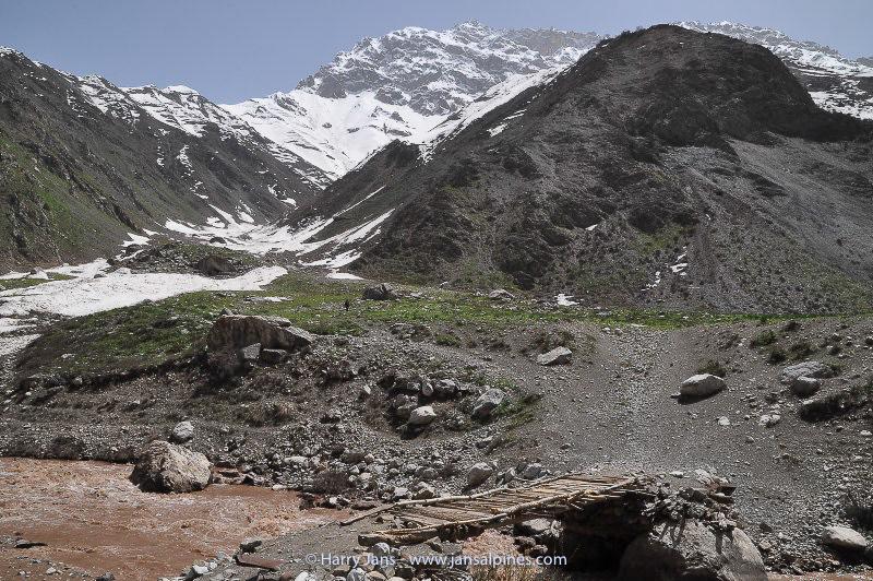 valley at Ansob pass