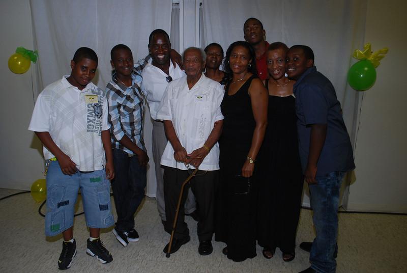 Johnson's Family Reunion 2012_0415.jpg