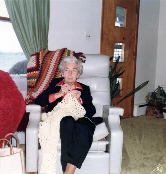 1970s Nellie Mudge making a mudge blanket.jpeg