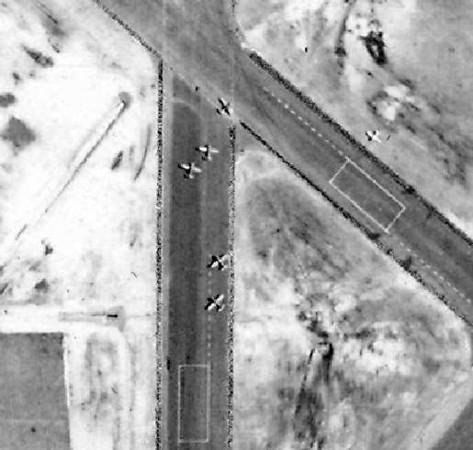 MILITARY-USN-AIRFIELD-FlemingIs_FL_Jun43_planes.jpg