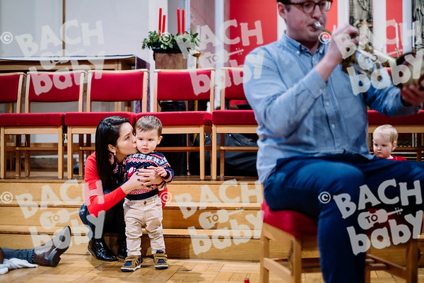© Bach to Baby 2019_Alejandro Tamagno_Docklands_2019-12-11 010.jpg