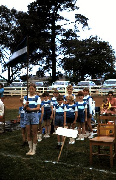 1970-10 (9) David 5 yrs 10 mths,  School sports @ Yarram.JPG