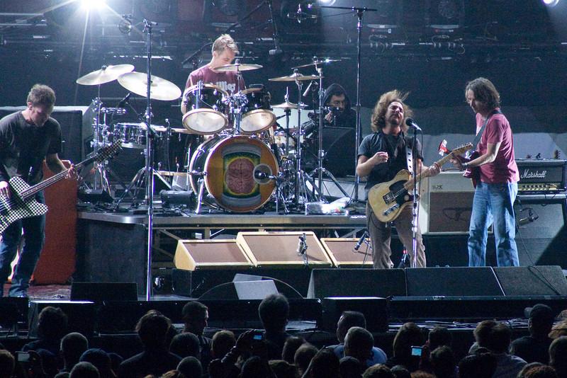 Pearl Jam Spectrum 10-30-09 025-2