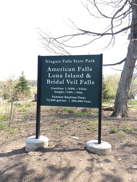 Niagra Falls 0.jpg
