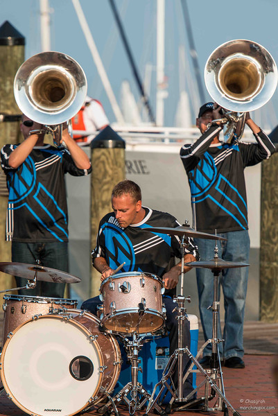 Minne Brass at The Dock
