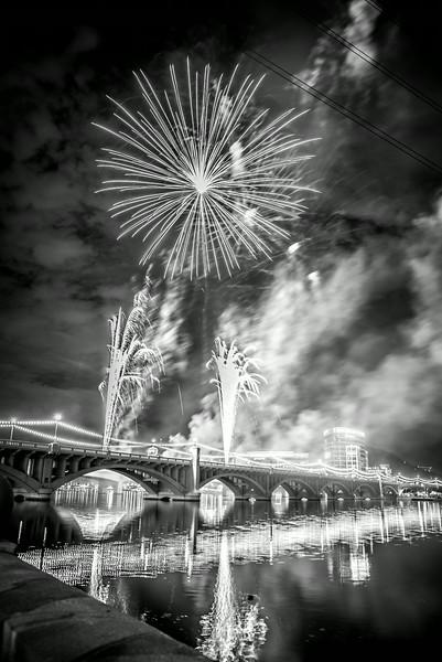 Fireworks_Tempe_2014-27.jpg
