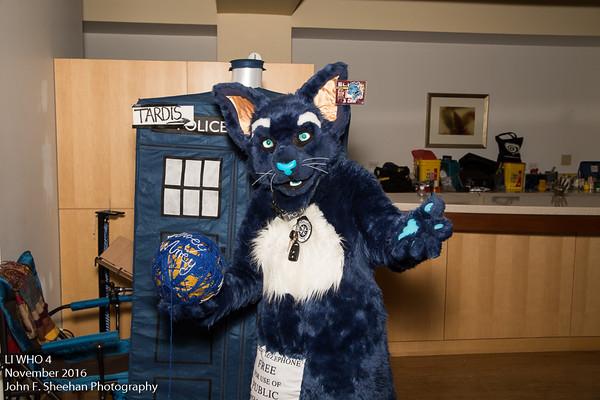TARDIS Kitty