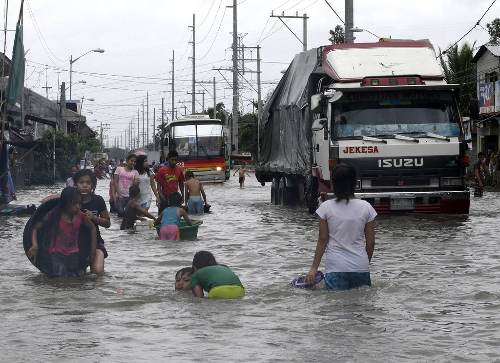 ". <p>8. (tie) MANILA  <p>Sadly, the half of the city that�s dry is no more livable than the half that�s under water. (unranked) <p><b><a href=\'http://www.aljazeera.com/news/asia-pacific/2013/08/20138211383225492.html\' target=""_blank\""> HUH?</a></b> <p>    (AP Photo/Bullit Marquez)"