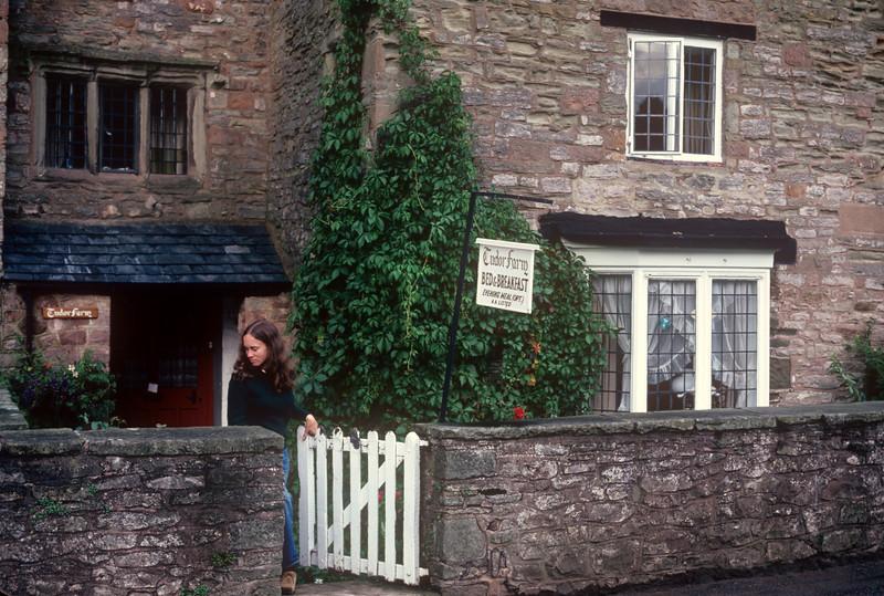 1981-09 Bed & Breakfast.jpg